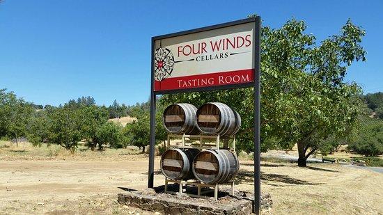 Vallecito, แคลิฟอร์เนีย: Wonderful wine.🍷☺