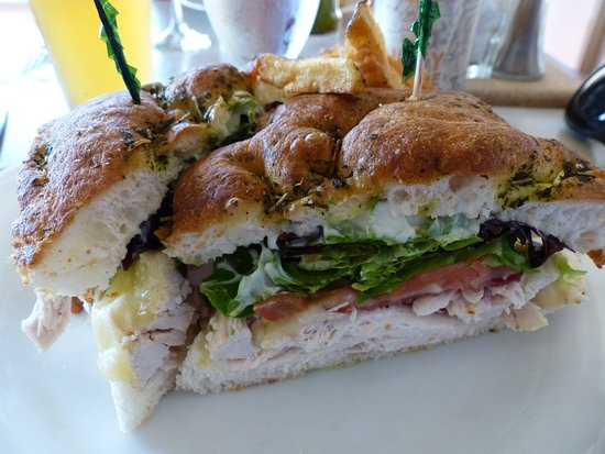 Hilton Garden Inn Halifax Airport: Club sandwich
