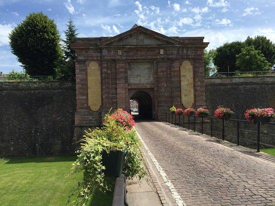 Neuf-Brisach, France : una delle porte