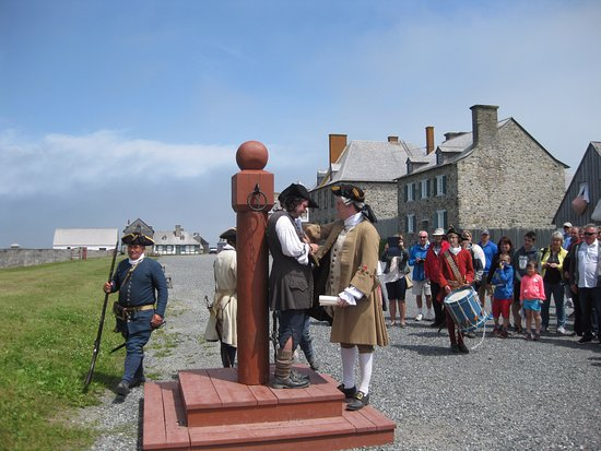 Louisbourg, Канада: Punishment for breaking the rules