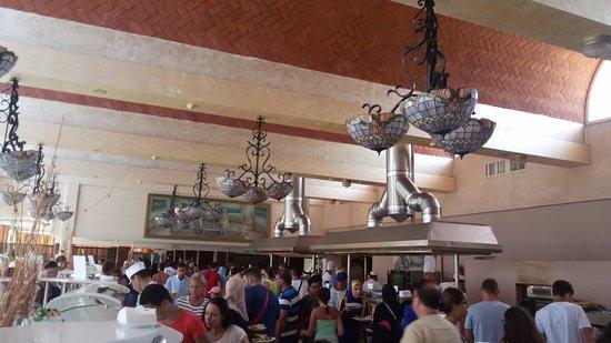 Skanes Family Resort: restaurant