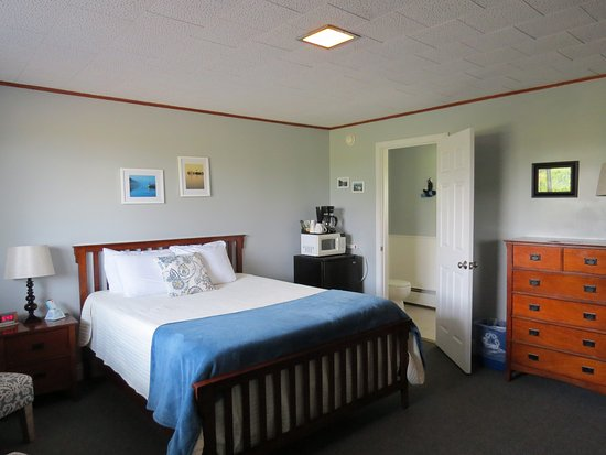 Lubec, ME: Comfortable bed
