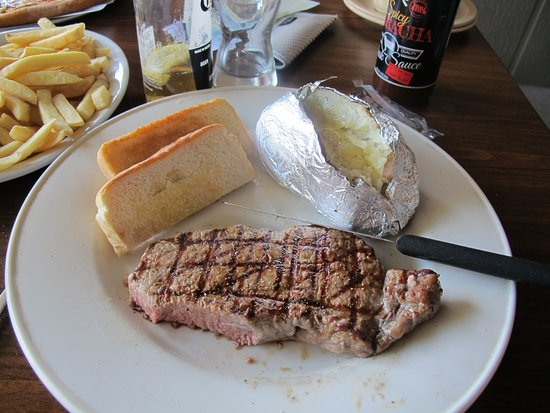 Pella, IA: New York Strip