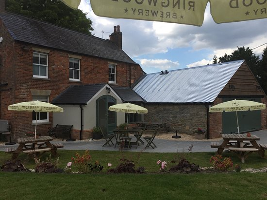Letcombe Regis, UK: The Greyhound Inn