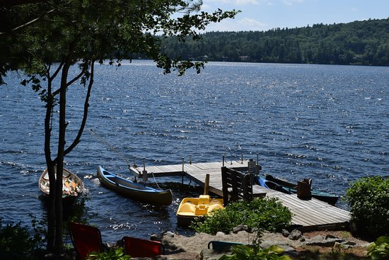 Sutton, NH: Follansbee Inn's dock