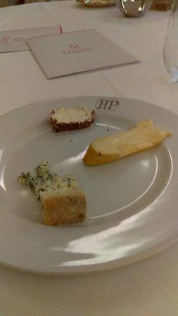 Hôtel de la Poste  : assiette de fromage du menu
