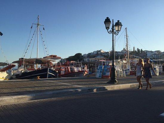 Ciudad de Skiathos, Grecia: photo2.jpg