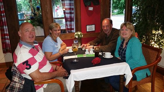 Tomintoul, UK: Anniversary Dinner with Mates