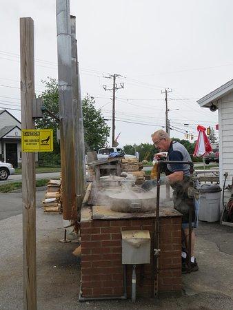 Trenton, ME: Lunts Gateway Lobster