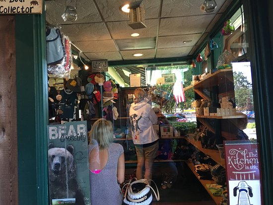 Black Bear Diner: photo0.jpg