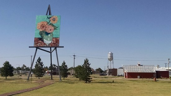 Goodland, KS: Giant van Gogh Painting