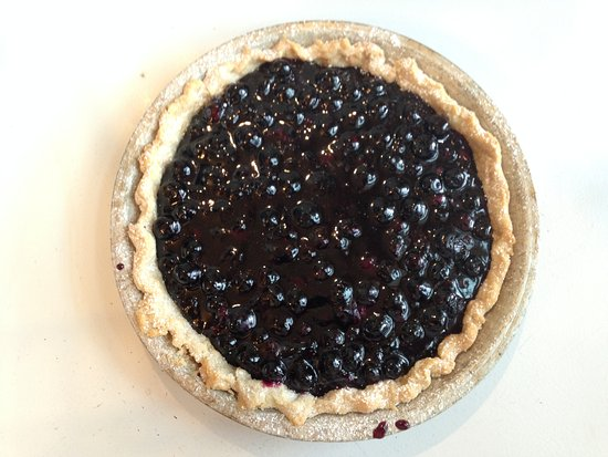 Ludlow, VT: Those of you in the know, it's that time of year, Blueberry Pie and Pear Tart Tatin