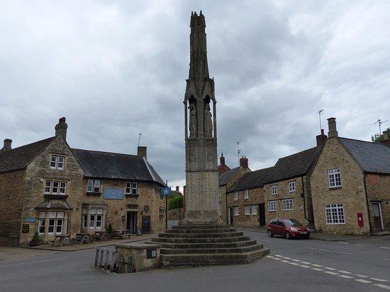 Kettering, UK: The Eleanor Cross at Geddington