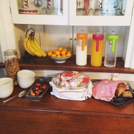 The Inn at Antietam: A broad breakfast selection with daily homemade delicacies