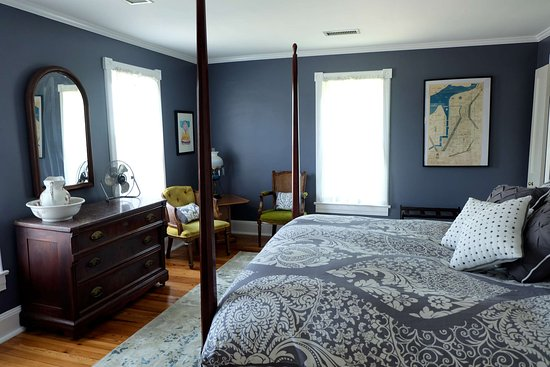 Sharpsburg, MD: Potomac room - all our rooms have been fully refurbished - spring 2016