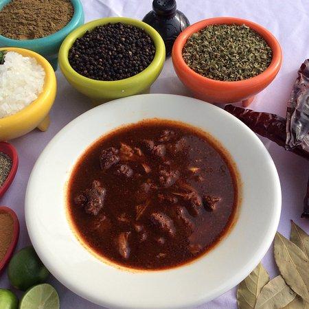 National City, Califórnia: Birria,Jalisco style,goat & beef