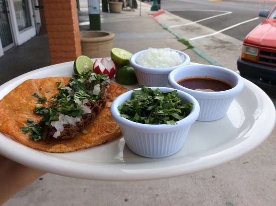 National City, CA: Tacos birria,San Diego ca.