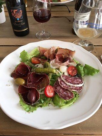 Estavayer-le-Lac, İsviçre: Une vraie réussite. Des plats savoureux, du terroir et un service impeccable, de gens passionnés