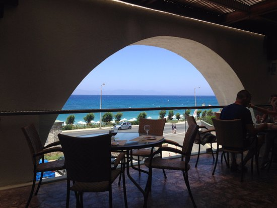 Sea view from the outdoor dining area