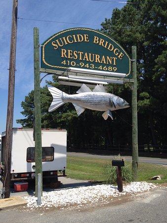 Hurlock, MD: Entrance