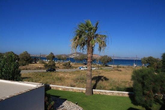 Galaxy Hotel: widok z pokoju w kierunku morza