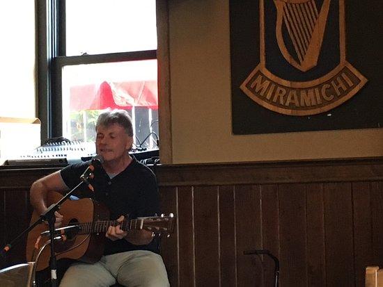O'Donaghue's Irish Pub : photo3.jpg