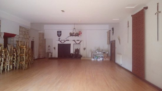 Menstrie, UK : The dining room for reception and party