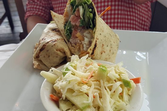 Kingston, NY: Her Fish Wrap