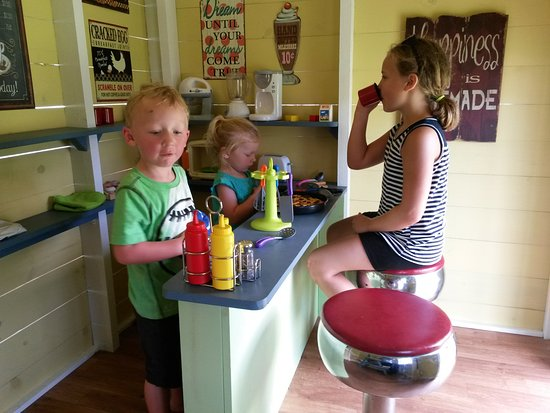 Egg Harbor, WI: Inside the new 1950's style Diner at Plum Loco's Play-Farm Village!