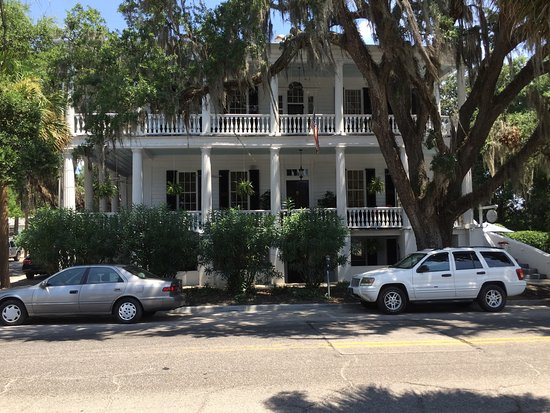The Rhett House Inn: photo0.jpg