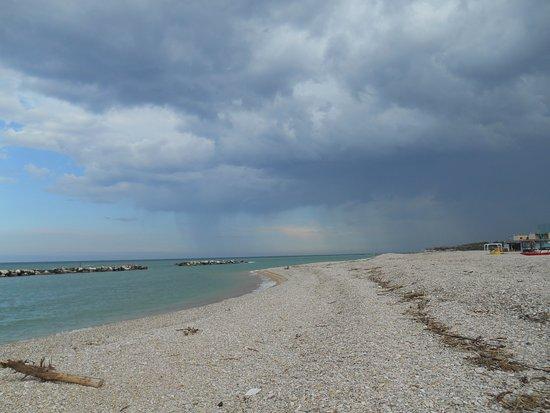 Camping Madonna Ponte: spiaggia (maggio)