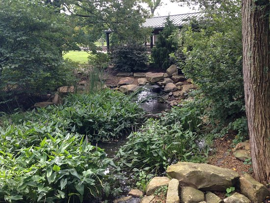 Petersburg, KY: Some of the beautiful gardens on the museum grounds