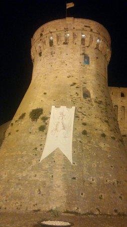 Acquaviva Picena, Italy: 20160720_225824_large.jpg