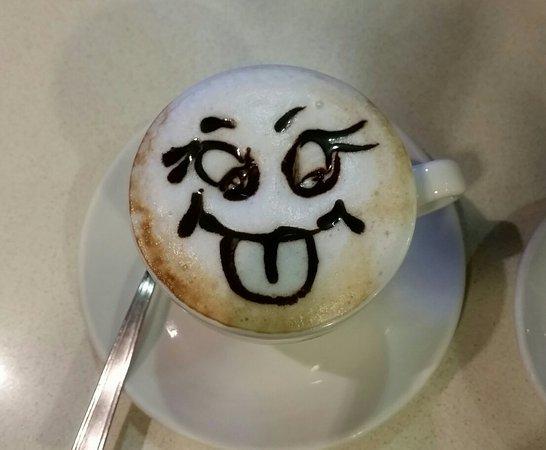 Campello sul Clitunno, Italia: Caffè Le Ninfe
