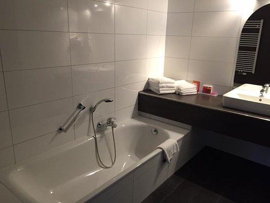 Design Badkamer Merken : Badkamer bild von van der valk hotel nuland s hertogenbosch
