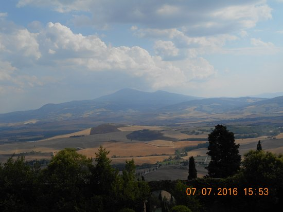 Pienza, Italien: Panorama dal giardino pensile