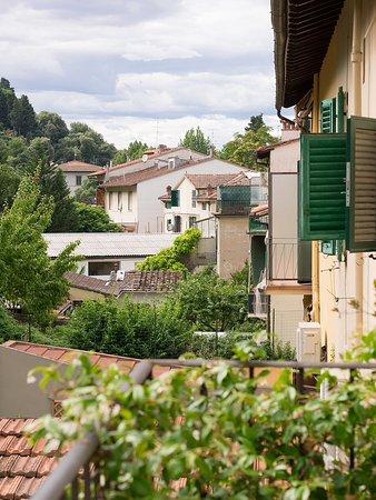 مونتي أوليفيتو: Seitlicher Blick vom Balkon