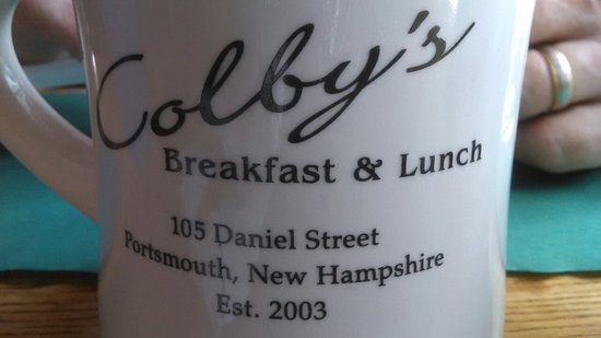Colby's Breakfast & Lunch: Lobster specials....Delightful.