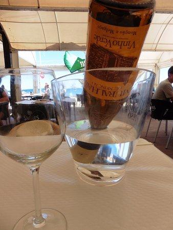 Vila Nogueira de Azeitao, Portugal: La botella se acabó...