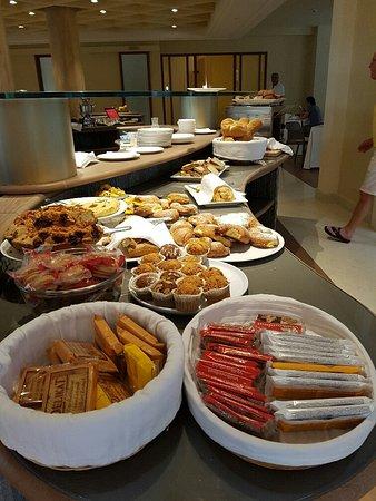Hotel Terme Neroniane: sala colazione