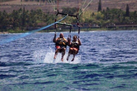 Ka'anapali, Havaí: UFO Parasail - Maui