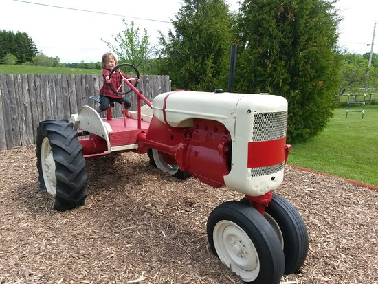 Egg Harbor, WI: Big Tractor for Little Farmers