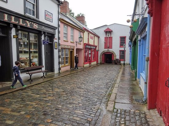 Omagh, UK: Replicated town in the Ulster-American Folk Park.
