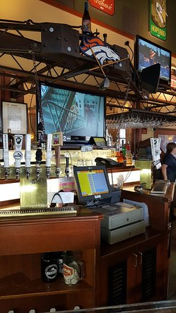 Castle Rock, CO: Rockyard American Grill & Brewing Company