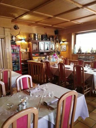 Albergo Ristorante Cacciatori: Sala da pranzo