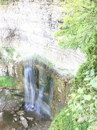 Waterfalls of Hamilton: The Tews falls in hamilton