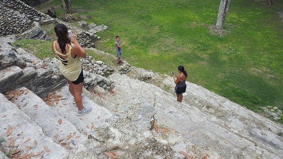 Museo y Ruinas Mayas Cahal Pech: 20160723_120346_large.jpg