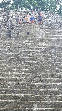 Cahal Pech Mayan Ruins & Museum: 20160723_120235_large.jpg