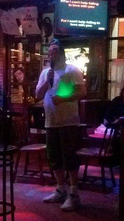 Pub Eureka corner : 20160719_231145_large.jpg