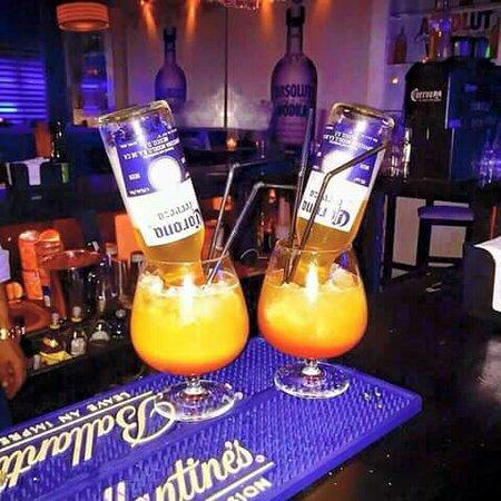 mejor venta seleccione original 100% de garantía de satisfacción Excelentes tragos: fotografía de Dharma Bar, Montevideo ...
